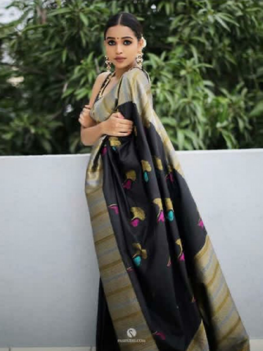 DESIGNER KANCHIPURAM WEAVING SAREE S15
