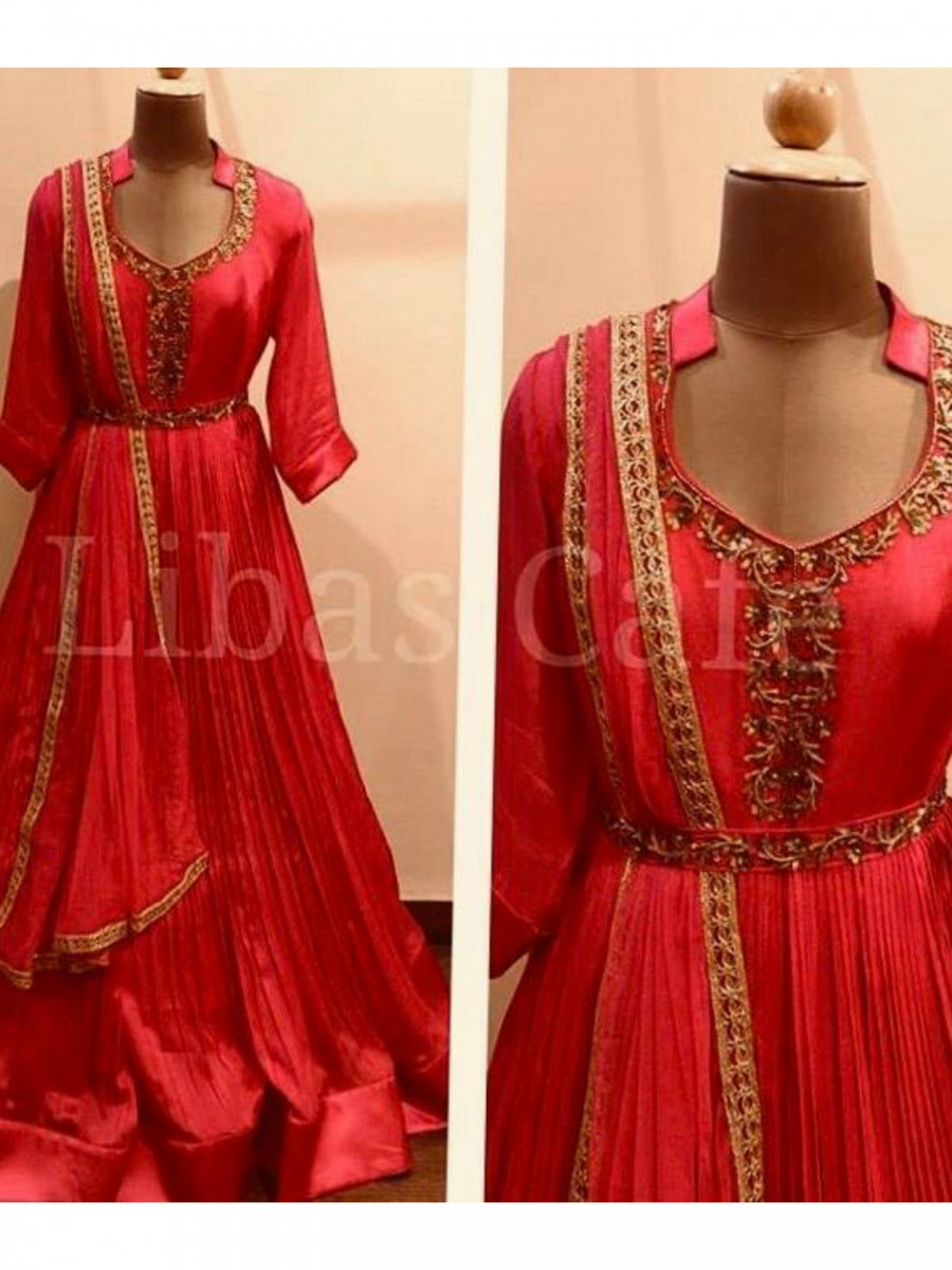 RED GOWN K55
